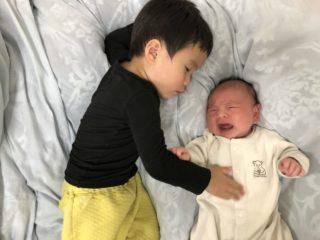 「ママ、抱っこどうぞ」!2歳8か月 長男の赤ちゃん返りに変化