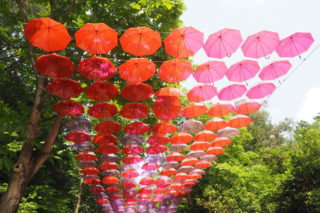 【埼玉】メッツァビレッジに日本最大級のアンブレラスカイ・デザインプロジェクト(7/15まで)