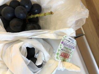 ブドウ大好き!お弁当にもOK!ブドウの保存はあの部分を切るだけ!