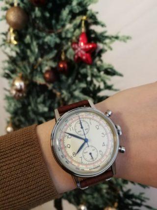 夫へのクリスマスプレゼントにカスタマイズ腕時計UNDONE購入!