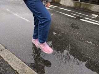 長靴は小学生になると履かない!?早く買っておけばよかった雨の日アイテム