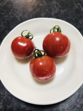 さくらんぼのようなプチトマト!?つやぷるんって知っていますか?