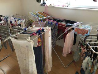 洗濯は朝派?夜派?三姉妹のいるわが家では室内衣類乾燥除湿機が必需品!