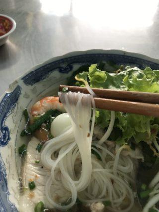 現地ではフォーよりメジャーなベトナム麺料理「フーティウ」