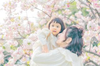 春はステキな家族写真が撮れる♪フォトロケのすすめ